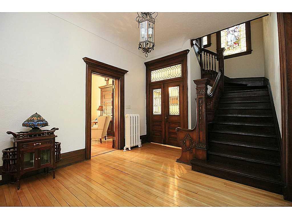 64 Charlton Avenue W  - Staircase.