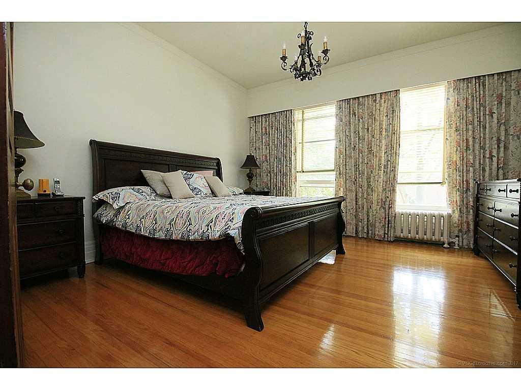 64 Charlton Avenue W  - Bedroom.