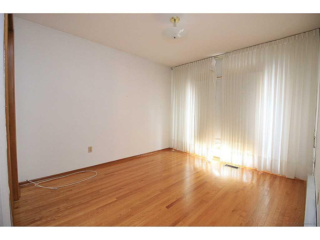 12 San Paulo Drive - Bedroom.