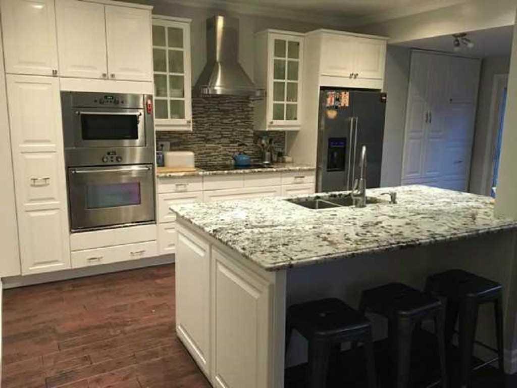19 Mount Royal Avenue - Kitchen.