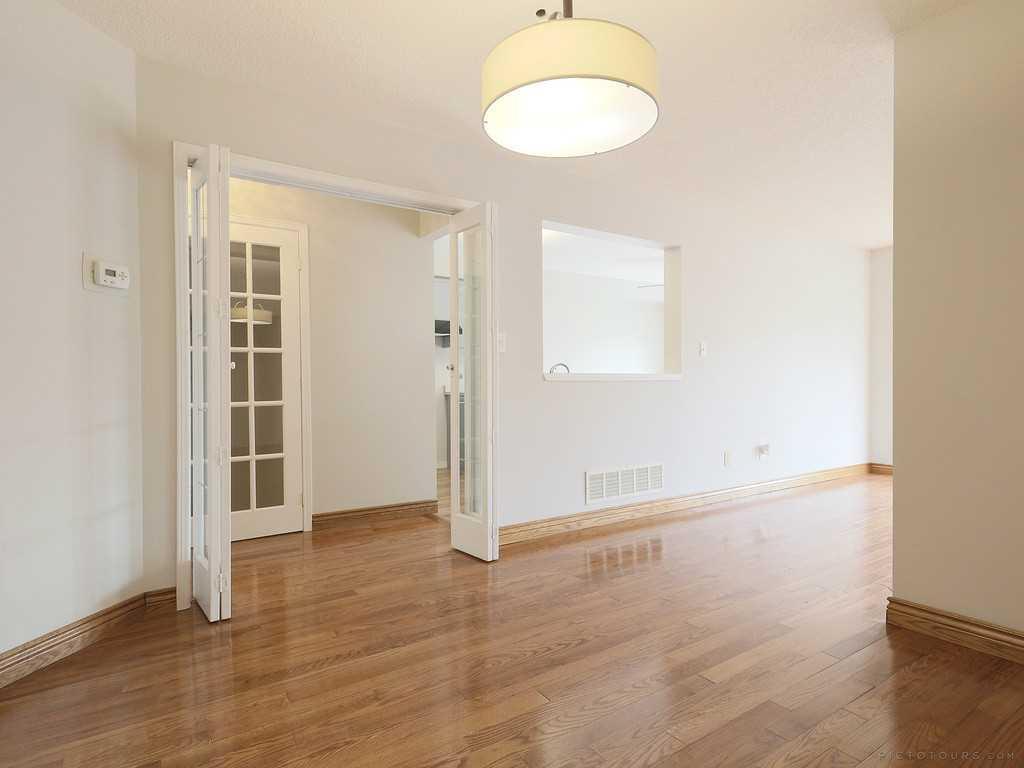 39-7 Davidson Boulevard - Living Room.