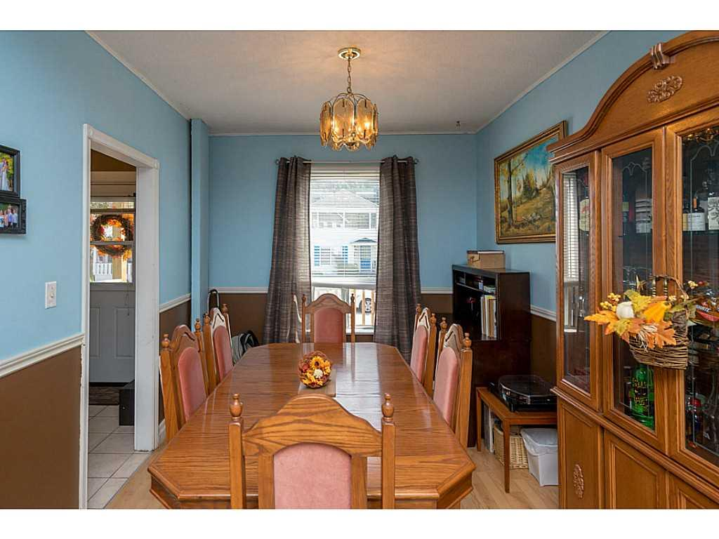 9 Frederick Avenue - Dining Room.