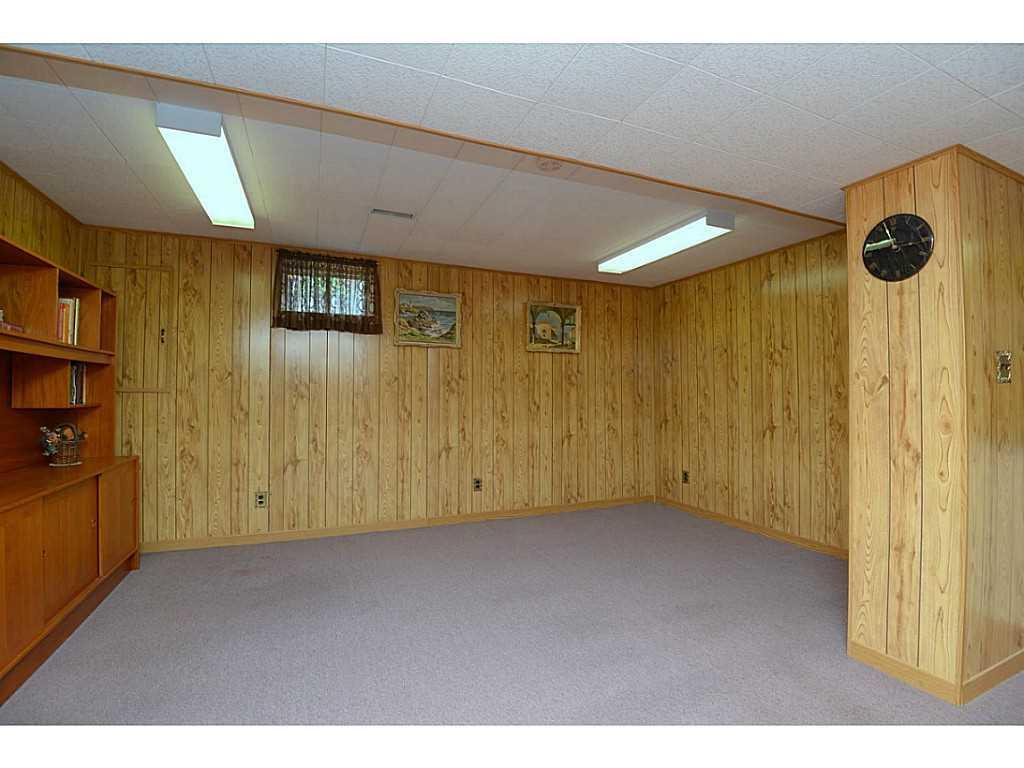 24 Linington Trail - Recreation room.