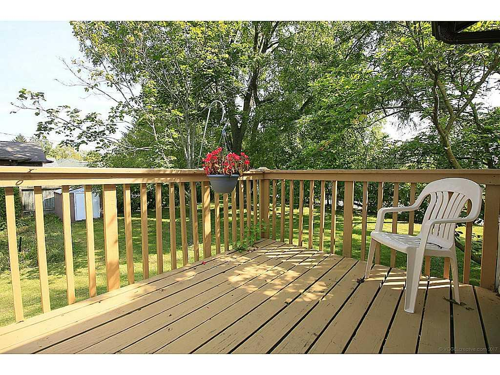 2 Watson's Lane - Patio/Deck.