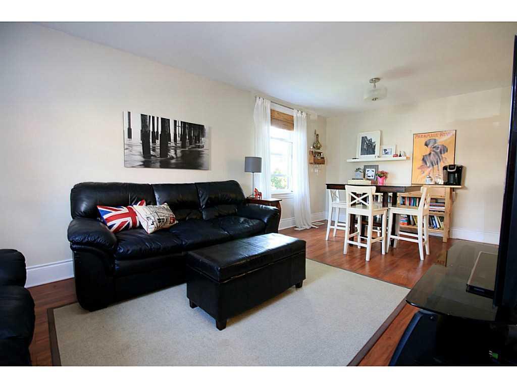 73 Peter Street - Living Room.