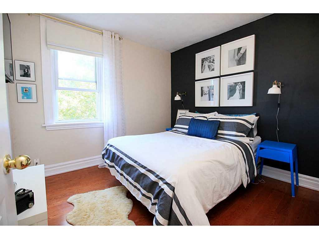 73 Peter Street - Bedroom.