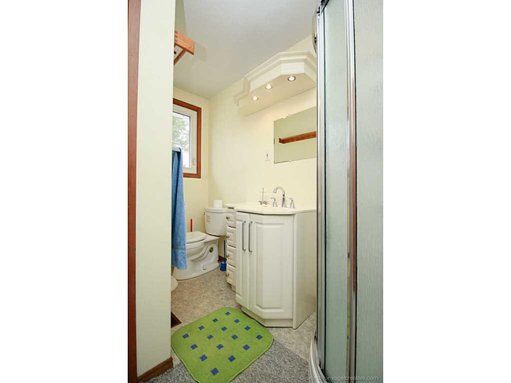 1705 2Nd Conc Road W  - Bathroom.