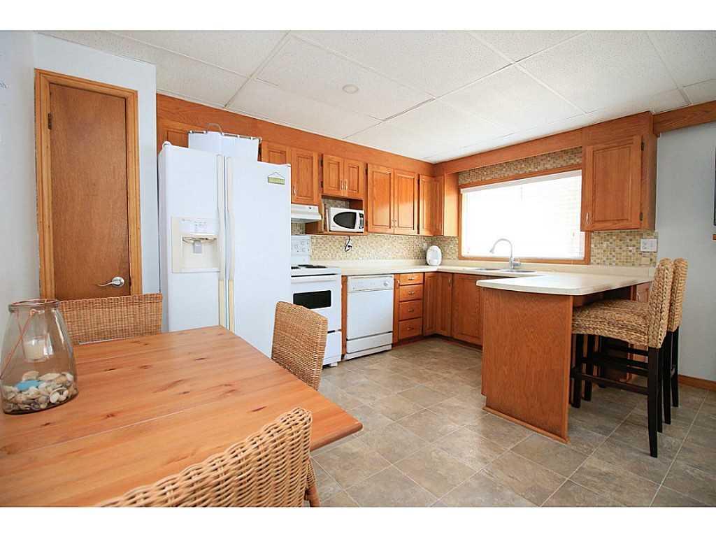 193 Cedar Drive - Kitchen.