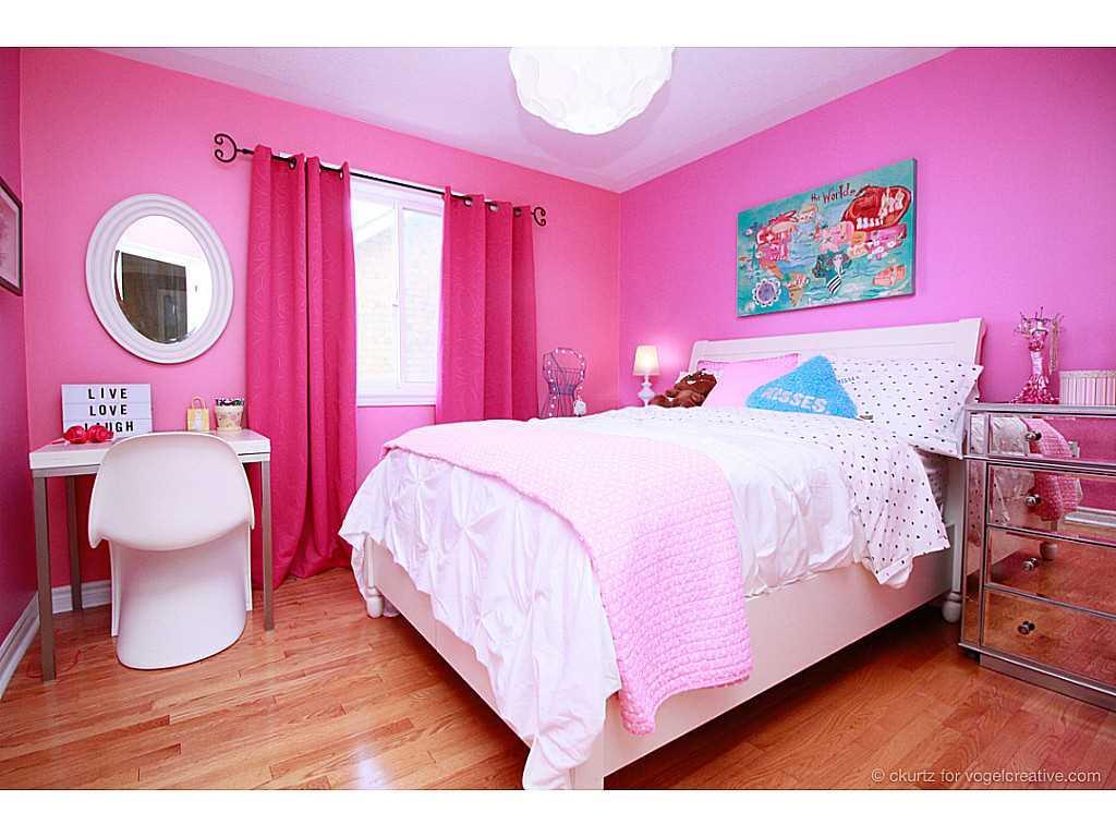 38 Winegarden Trail - Bedroom.