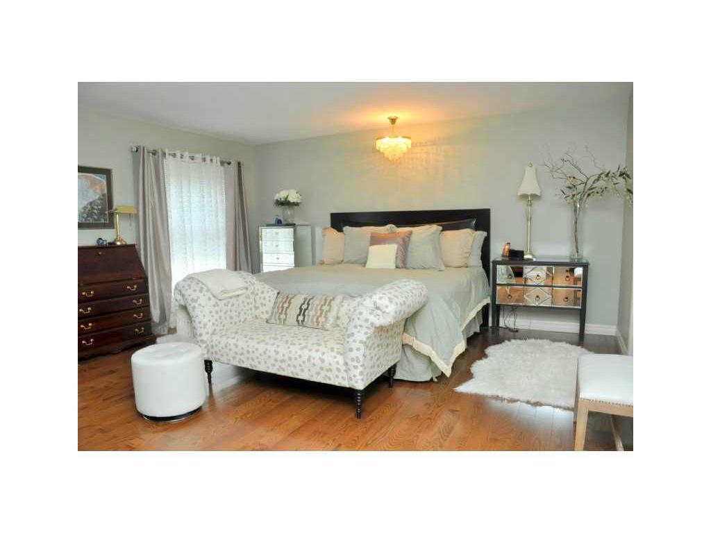 69 Auchmar Road - Master Bedroom.