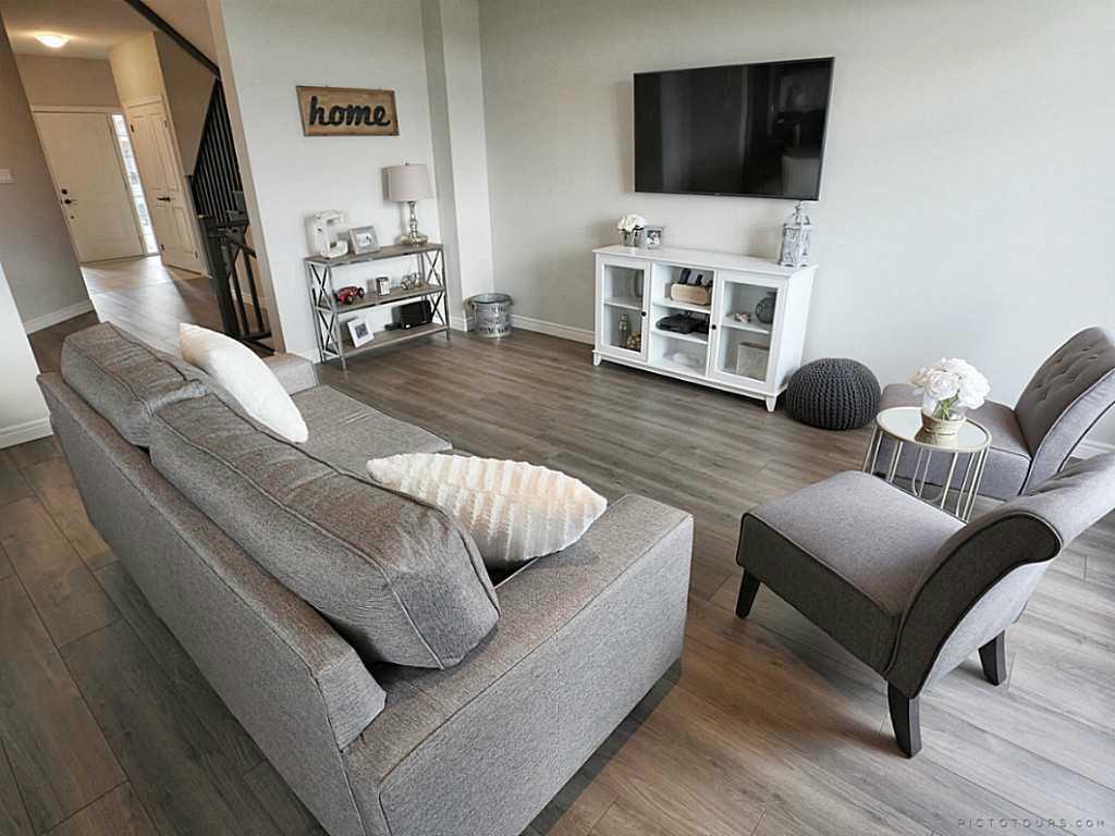 112 Cutts Crescent - Living Room.