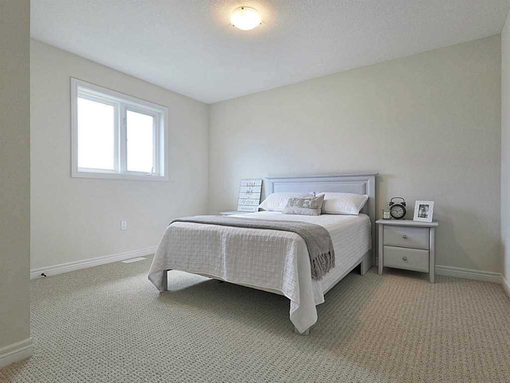 112 Cutts Crescent - Bedroom.