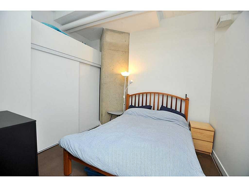 607-66 Bay Street S  - Bedroom.