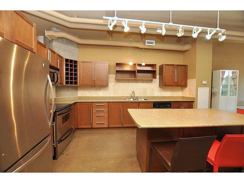 402-66 Bay Street S  - Bedroom.