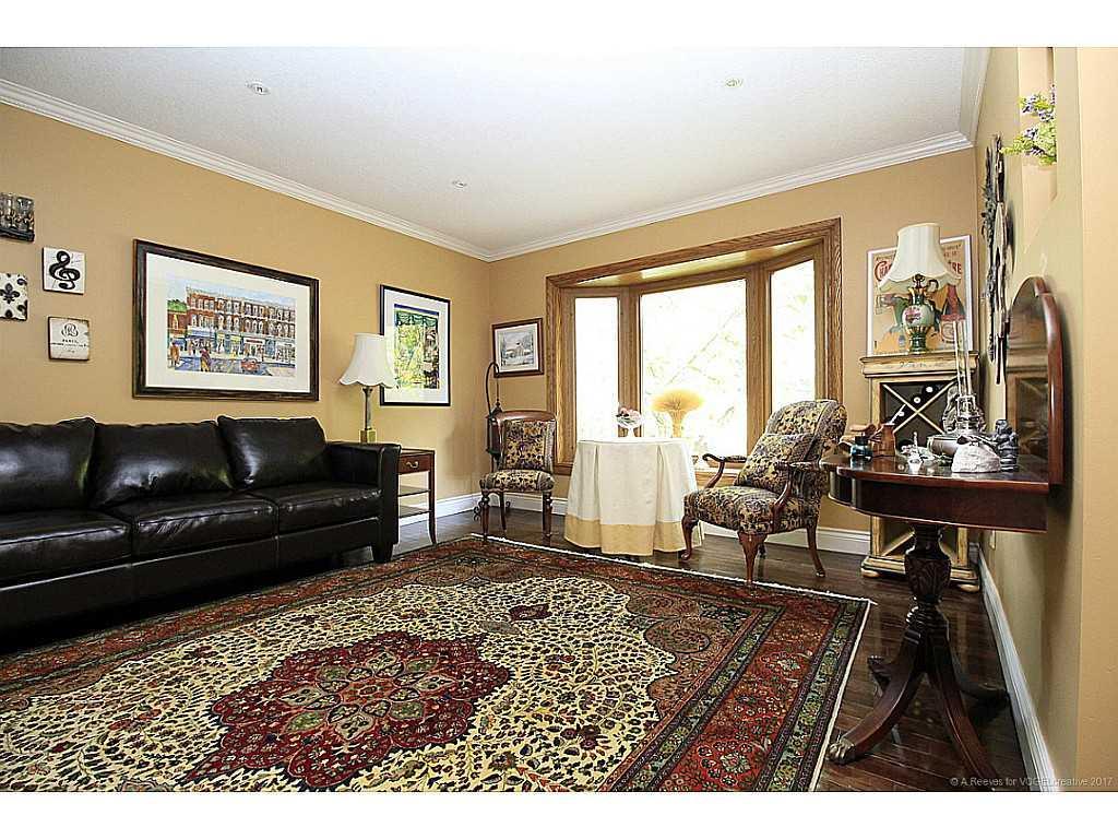 171 Watson's Lane - Living Room.