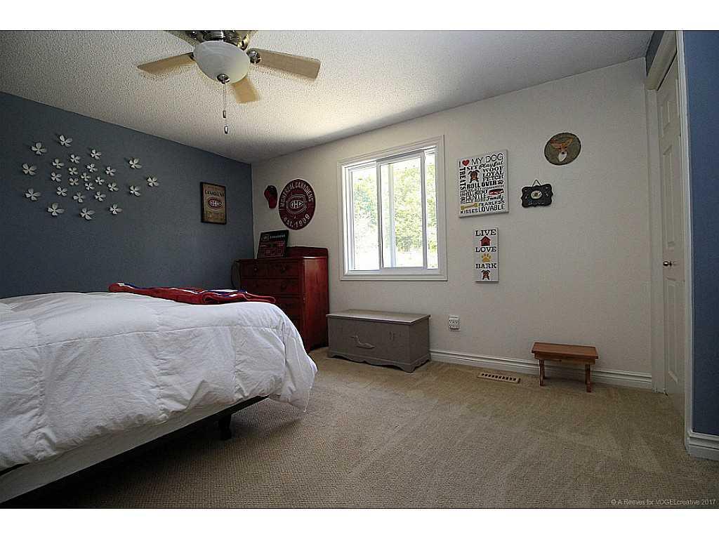 171 Watson's Lane - Bedroom.