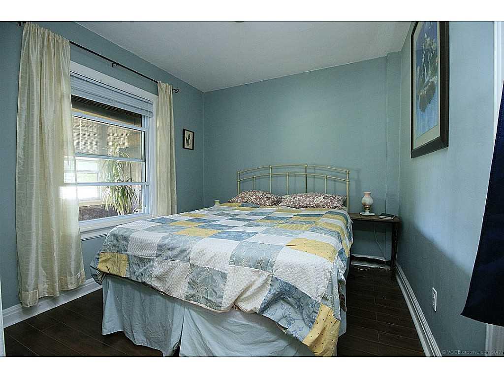 591 Mary Street - Bedroom.