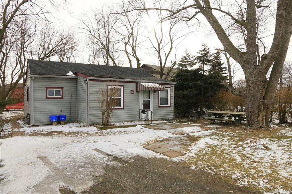 44 Lakeview Drive -