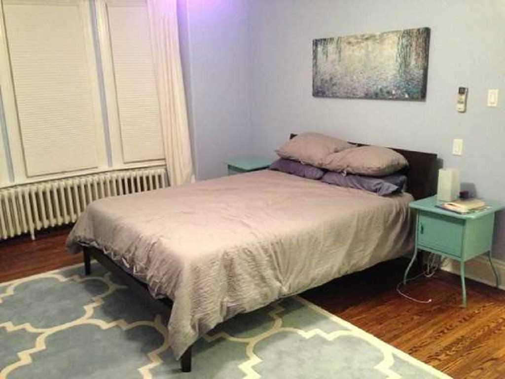 19 Mount Royal Avenue - Bedroom.