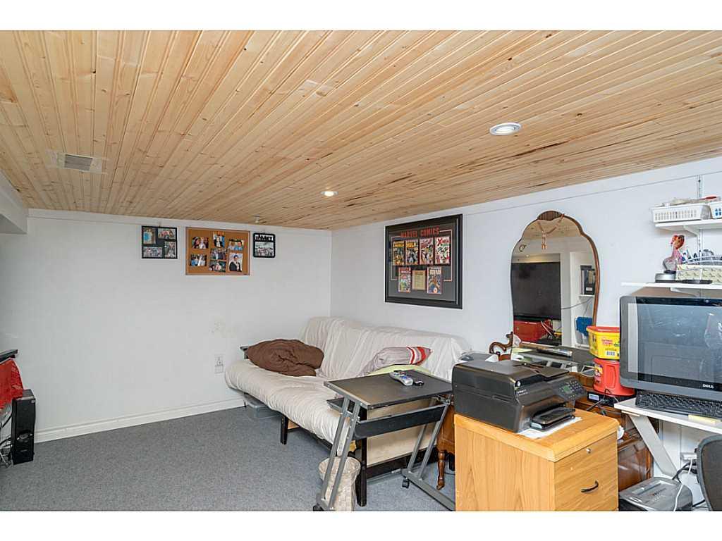 392 Cope Street - Recreation room.