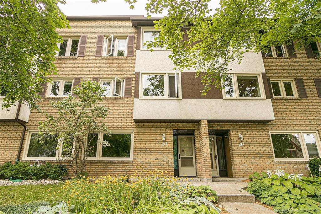 Photo of: MLS# H4062548 184 Hess Street S , Hamilton |ListingID=1740