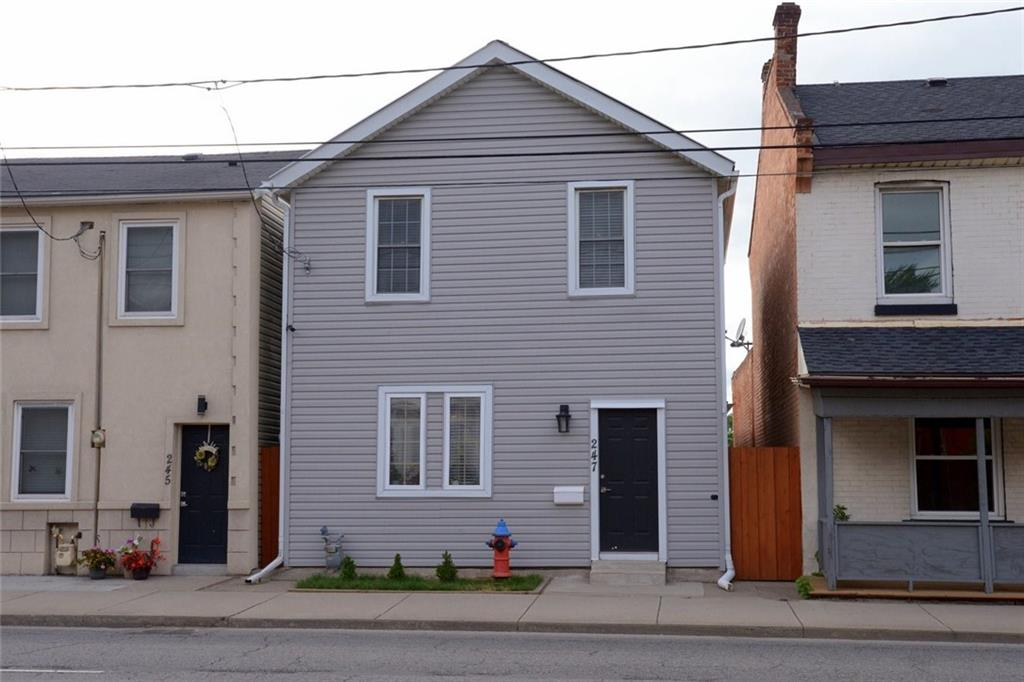 Photo of: MLS# H4062554 247 Wellington Street N , Hamilton |ListingID=1741