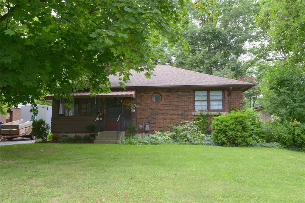 Photo of: MLS# H4063059 38 Helen Street, Dundas |ListingID=1774
