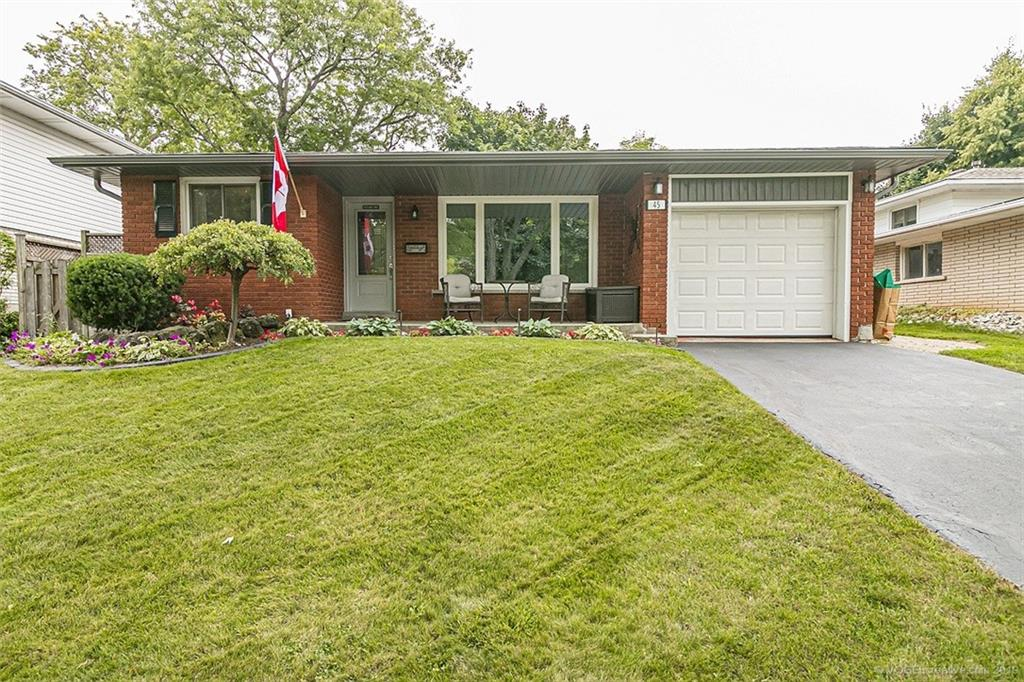 Photo of: MLS# H4063069 45 Little John Road, Dundas |ListingID=1778