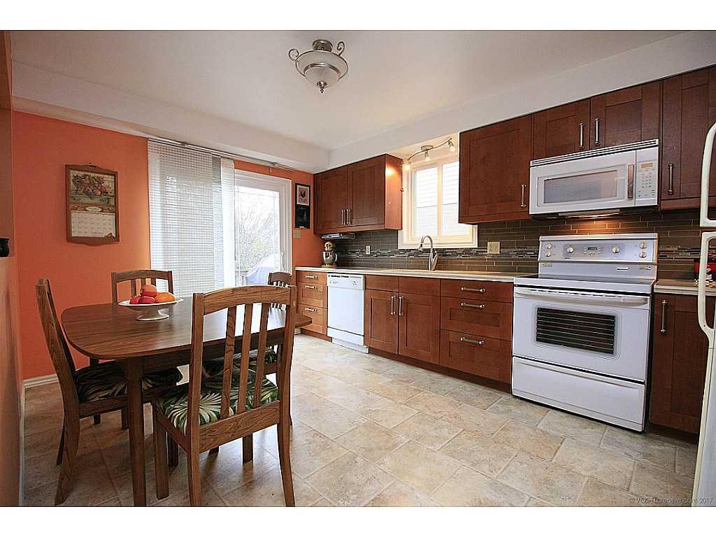 45 Mistywood Drive - Kitchen.