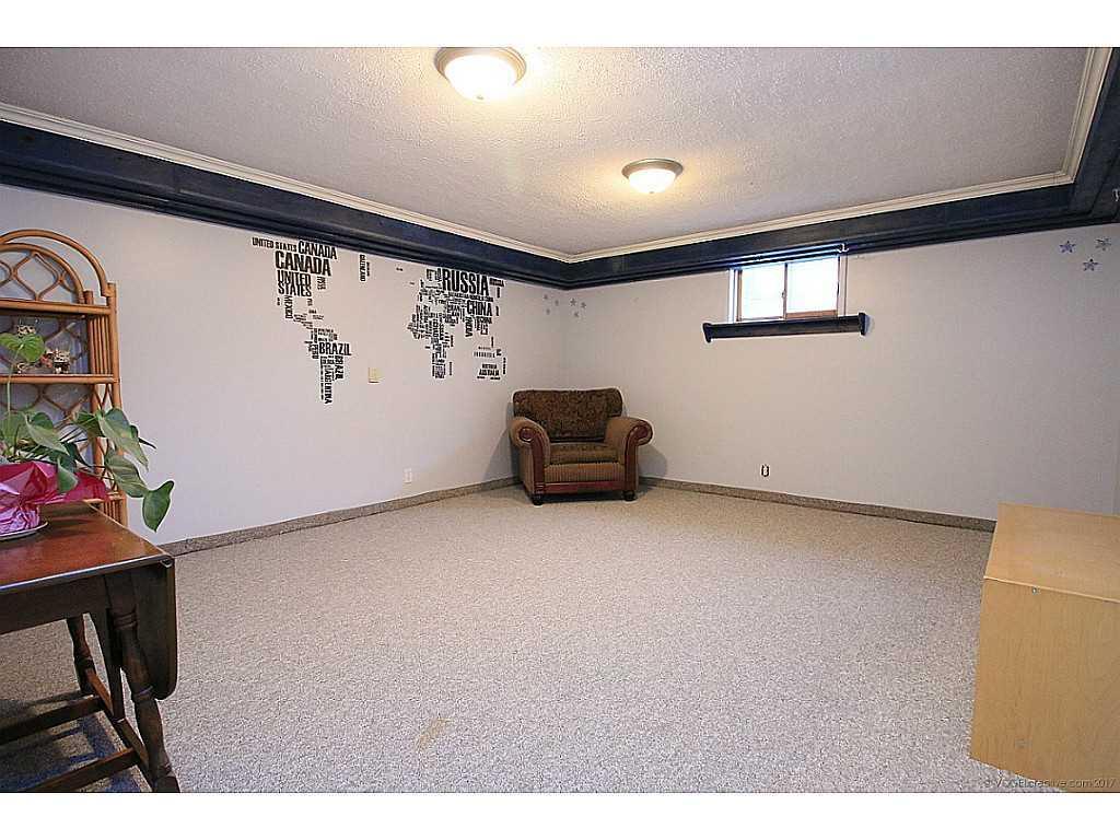 45 Mistywood Drive - Recreation room.