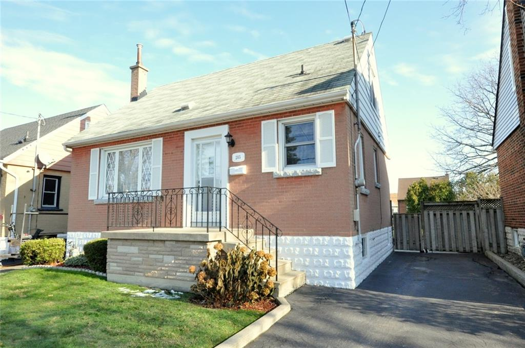 Photo of: MLS# H4068378 205 East 12th Street, Hamilton |ListingID=2018