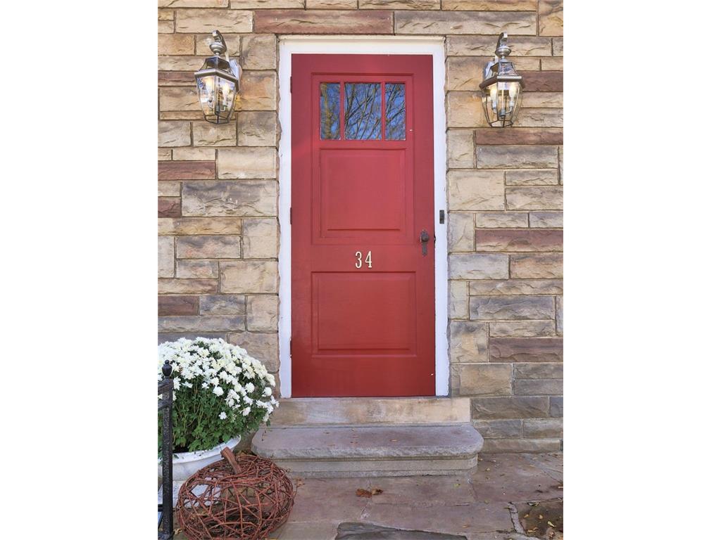34 Victoria Street - Front Door