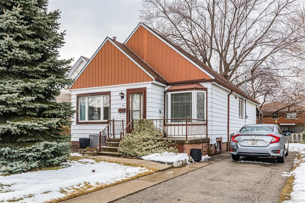 Photo of: MLS# H4072838 111 Glennie Avenue, Hamilton |ListingID=2244