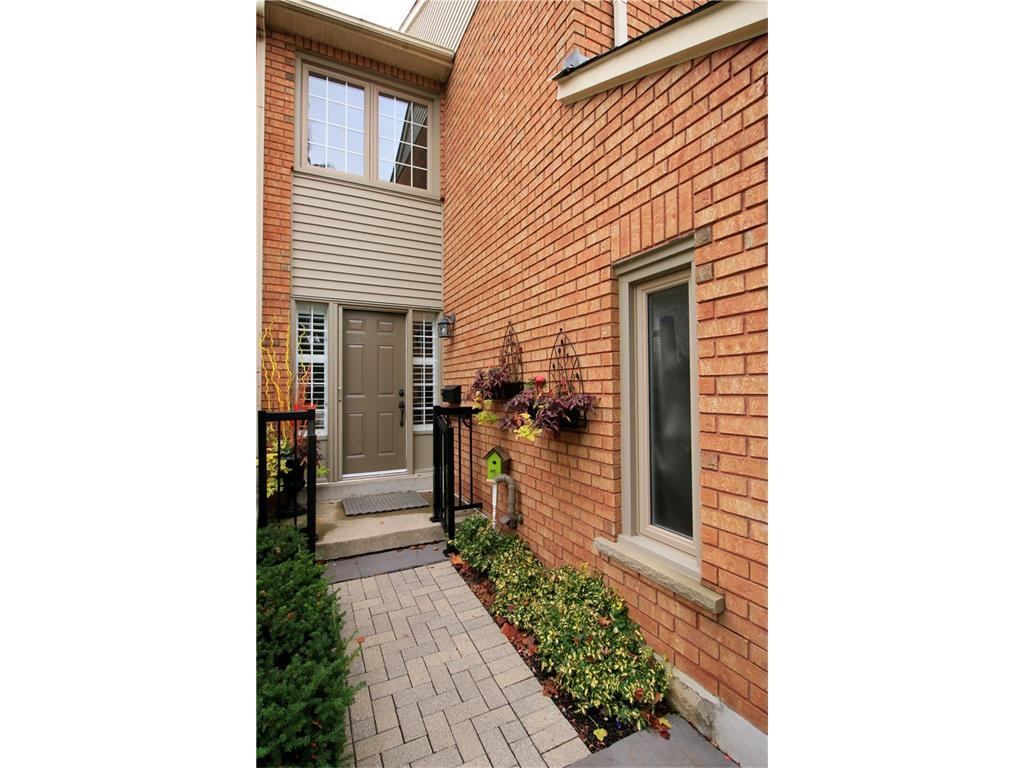 16-14 Huntingwood Avenue - Exterior Front