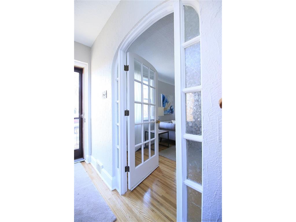 476 Dundurn Street S  - French Door