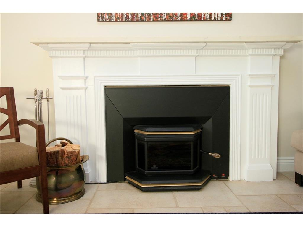 16 South Street W  - Fireplace in Living Room