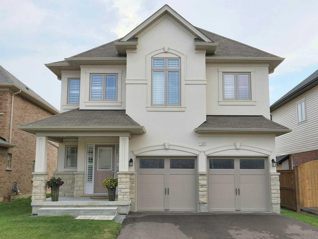 Photo of: MLS# H4008666 15 Turi Drive, Glanbrook