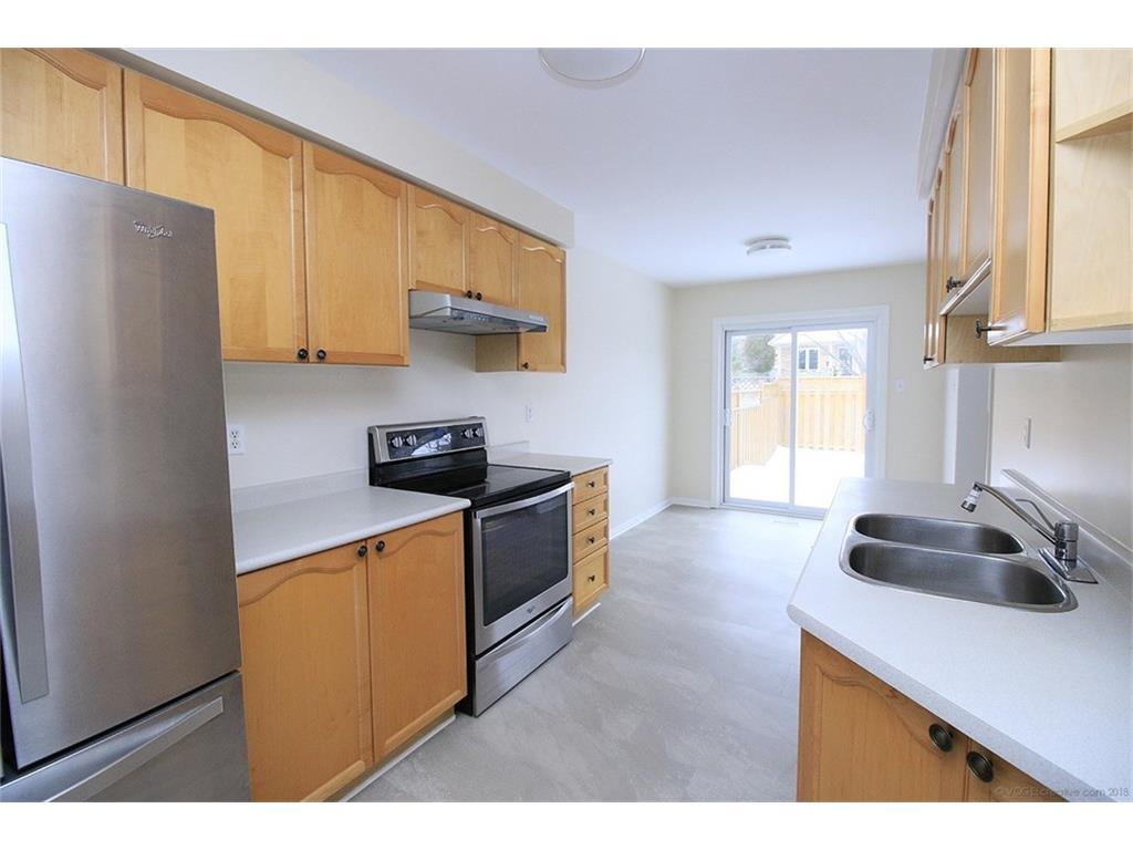 90 Huntingwood Avenue - Kitchen