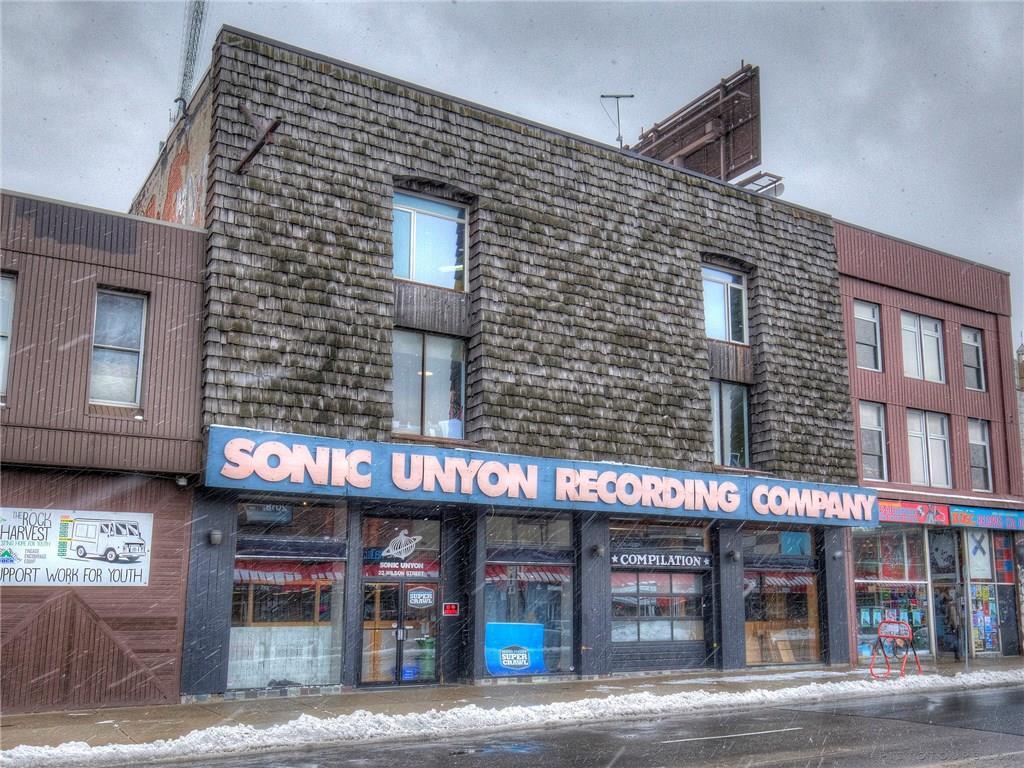 301-22 Wilson Street -