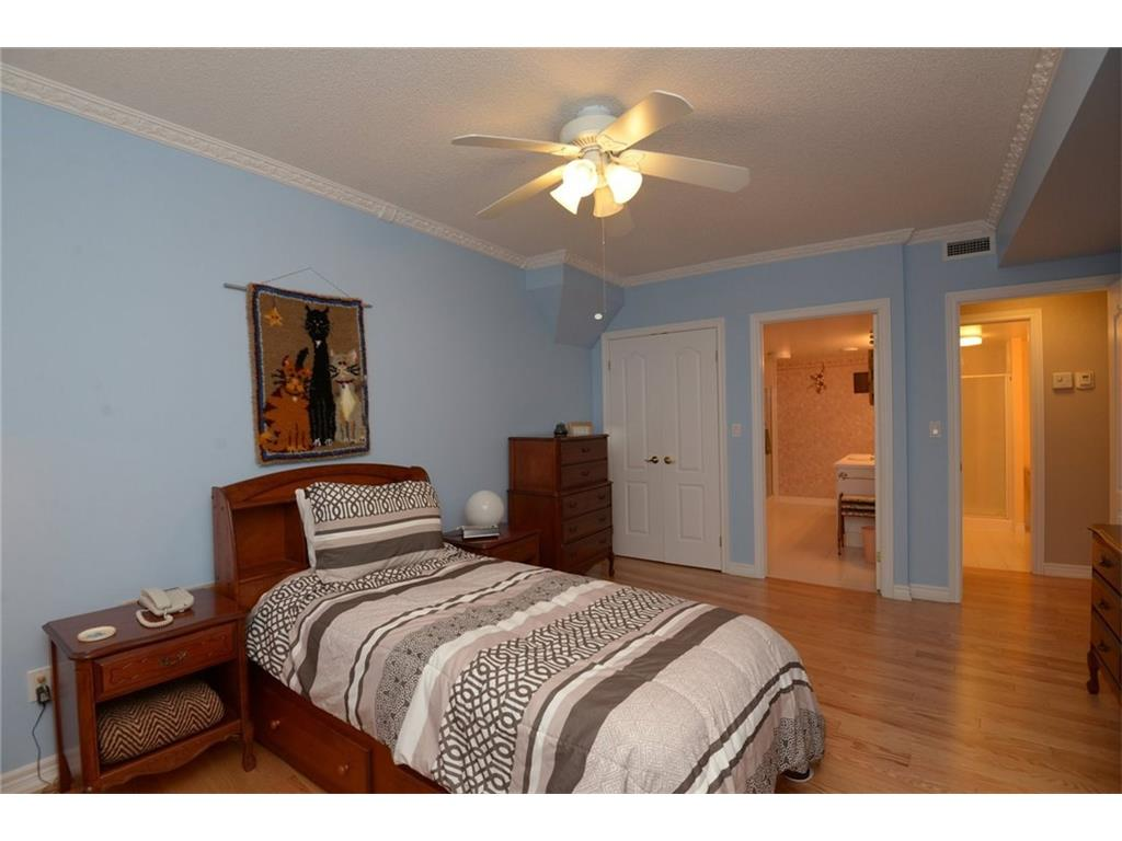 404-77 Governor's Road - Master Bedroom