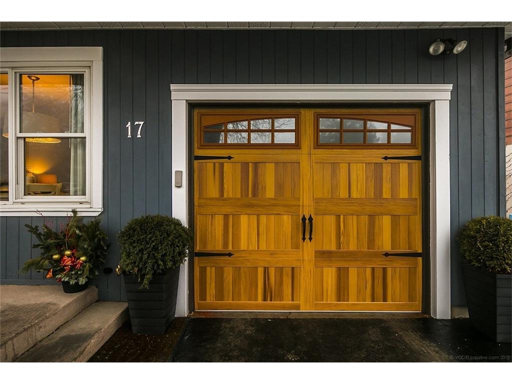 17 Carrington Court - Garage Door