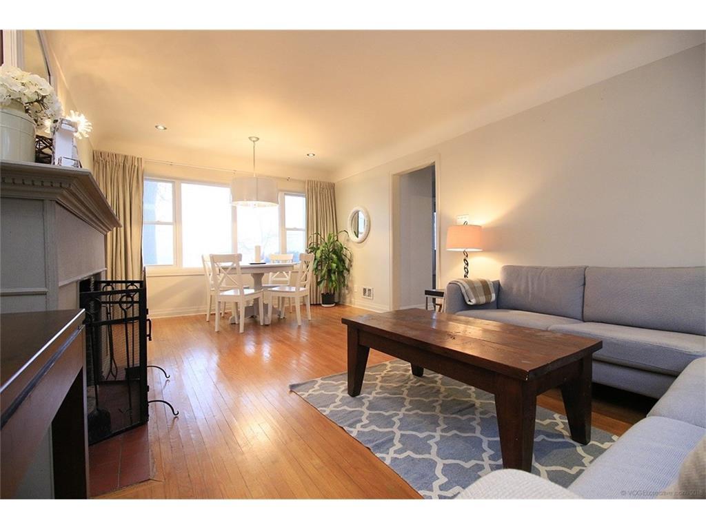 17 Carrington Court - Living Room/Dining Room