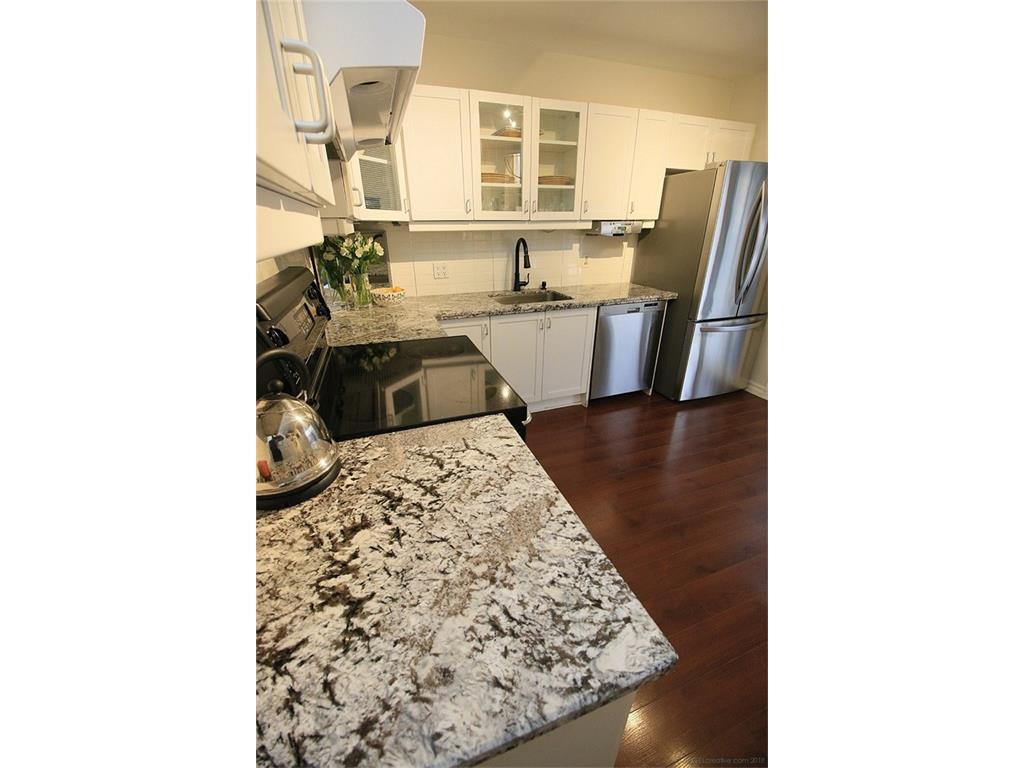 17 Carrington Court - Kitchen Counter