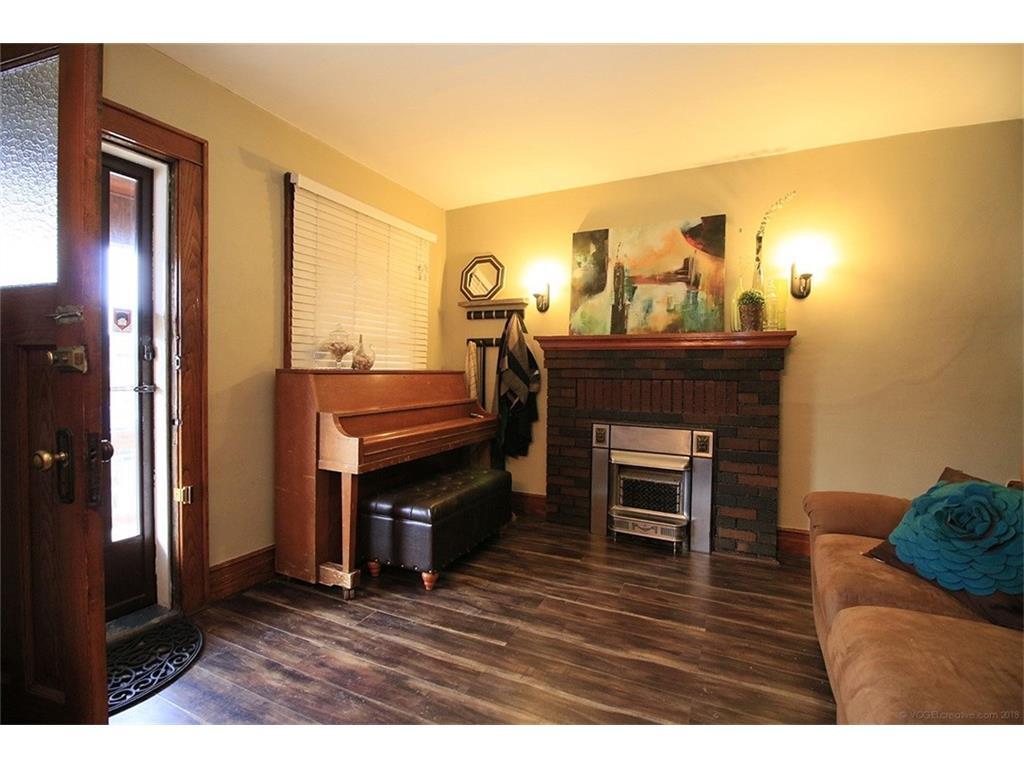 22 Cope Street - Living Room