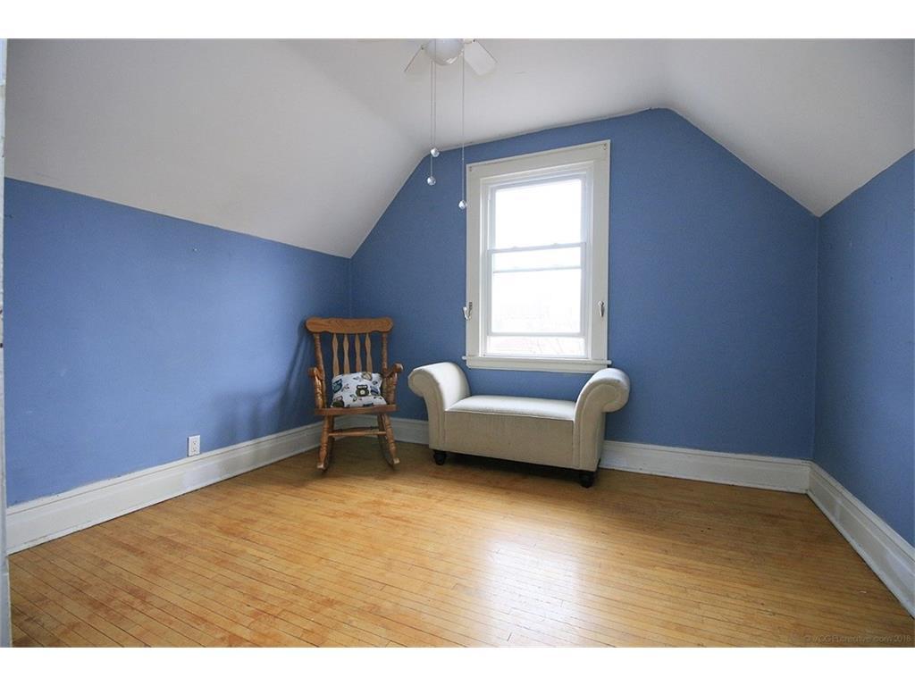 22 Cope Street - Bedroom