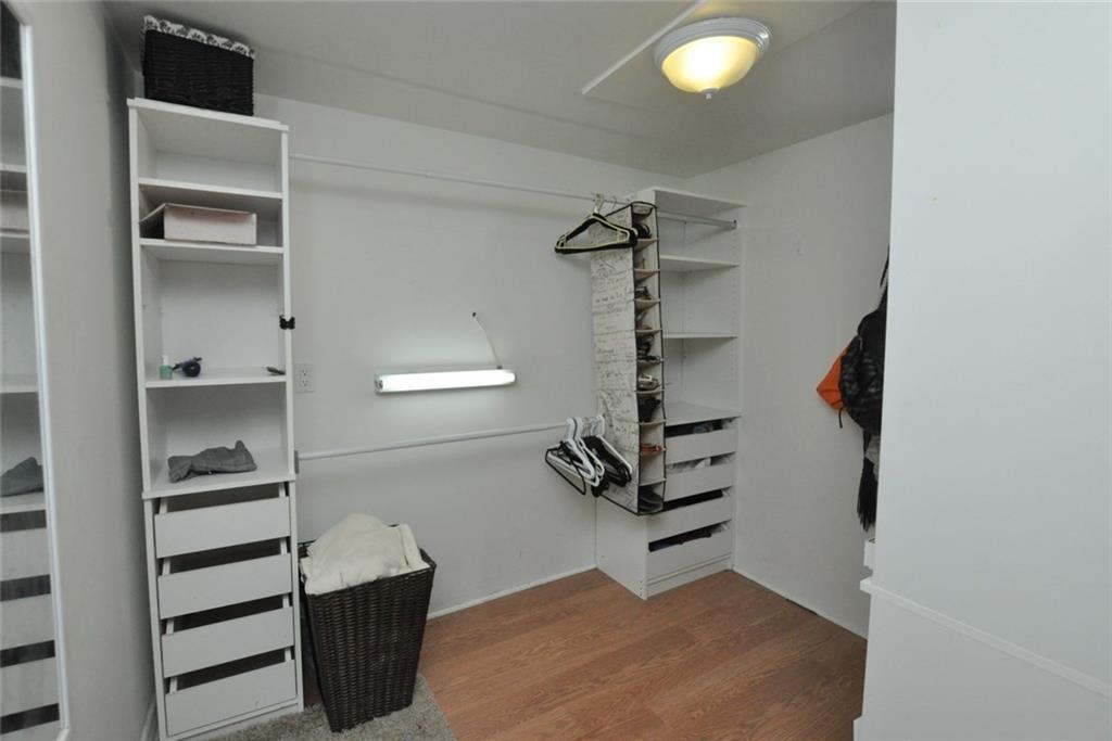 180 HADDON Avenue S  - Lower Closet