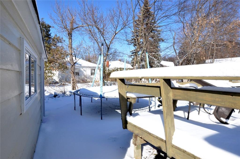 180 HADDON Avenue S  - Backyard