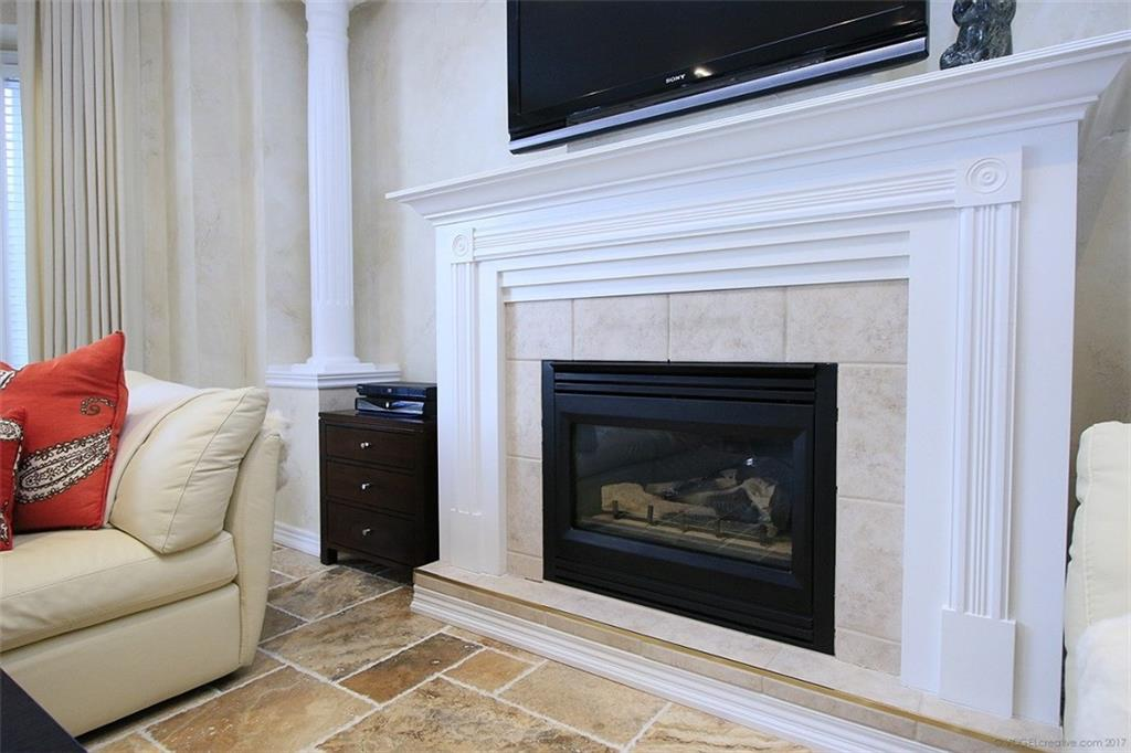 110 Stonehenge Drive - Fireplace in Living Room
