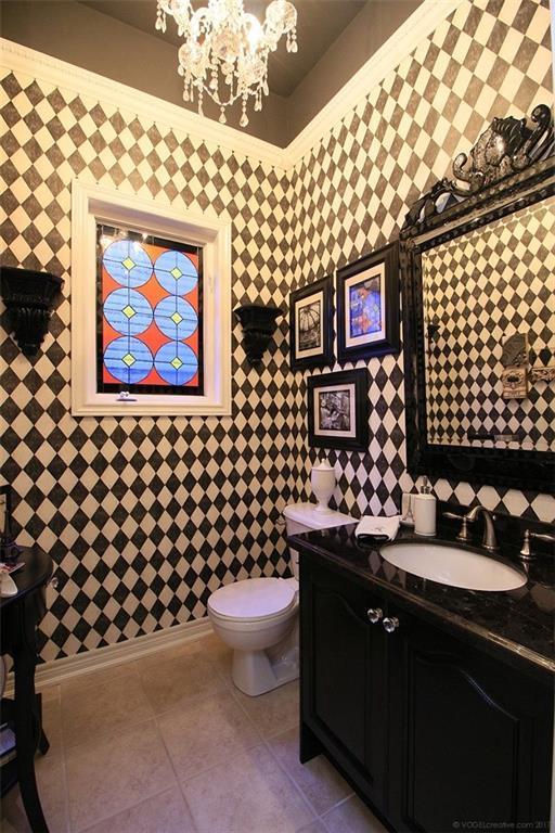 110 Stonehenge Drive - 2 Piece Bath