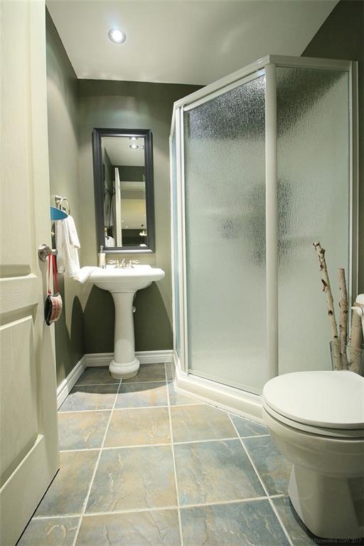 110 Stonehenge Drive - Basement 3 Piece Bath